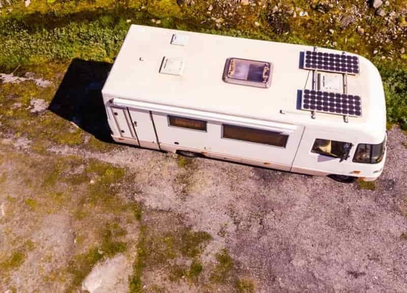 How Much Does It Cost To Install Solar Panels On An RV